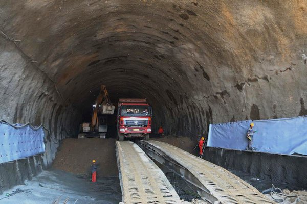China_is_building_deepest_high_speed_railway_station_under_Great_Wall.jpg
